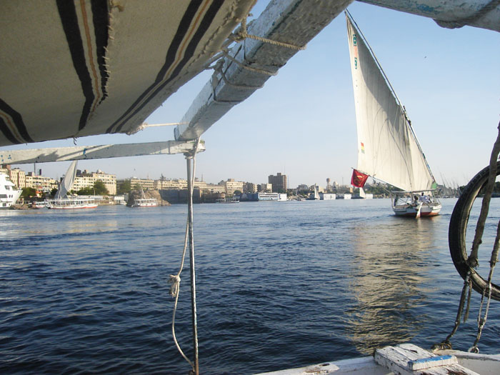 Short Nile Cruise Aswan to Luxor